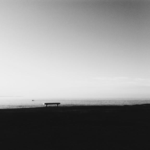 写真: The Bench II 8-20-04