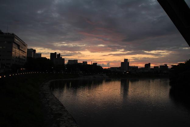 夕時の旭川