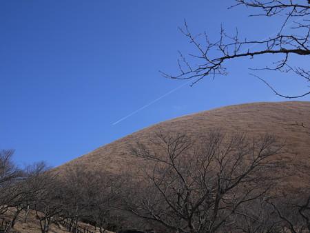 飛行機雲、、さてここは?(わかる人はわかるね)