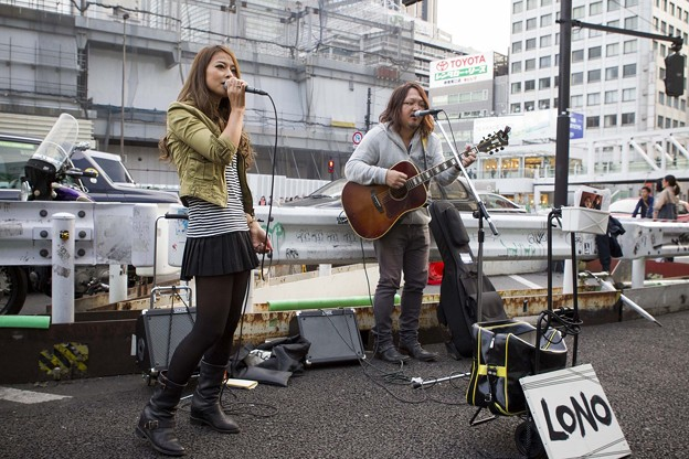 Photos: LONO新宿ストリートライブ BED74C1530