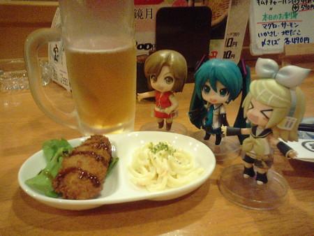 八戸駅前の居酒屋で、晩飯(≧▽≦)ゞ