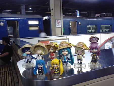 ■(車中泊)  → 札幌  6:07   201  急行「はまなす」 リン:「着...