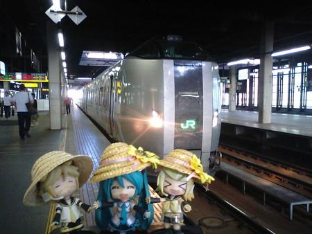 それでは、滝川まで特急「スーパーカムイ」で早駆けします。 ■札幌...