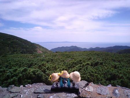 リン:「知床峠なう!!♪」 レン:「よっしゃあぁー!! 国後島が見...