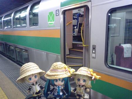 上野駅に無事到着しました!! ログたんとお話してると、長い旅路も...