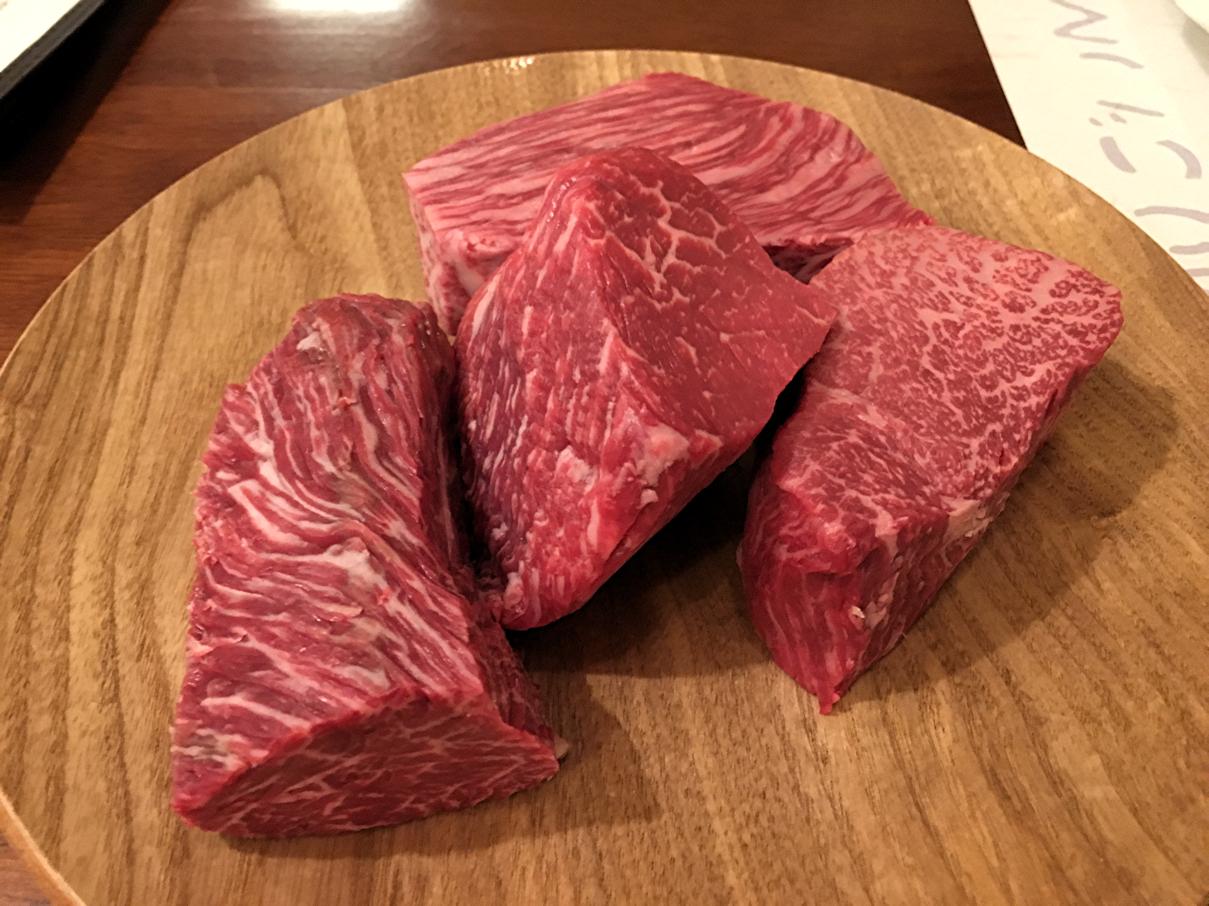 盛り合わせの肉
