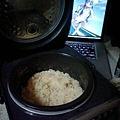 写真: 炊き込みご飯おいしいです(^o^)