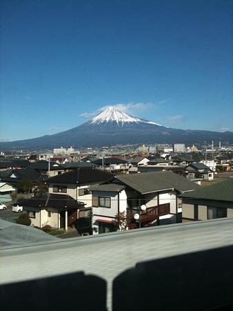 http://art25.photozou.jp/pub/551/296551/photo/35035196.jpg