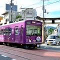 Photos: 2016_0605_160353_蚕ノ社の前を通過する【623】