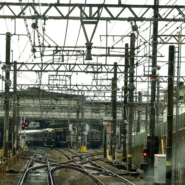 2016_1119_111644 阪急桂駅