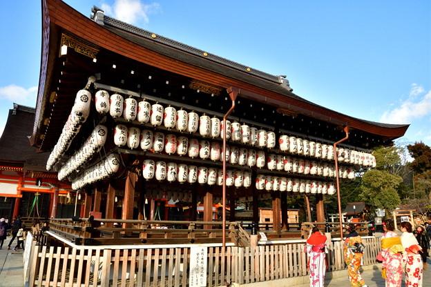 2017_0214_161402 八坂神社 舞殿