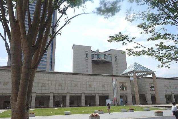 写真: 横浜美術館 (2)