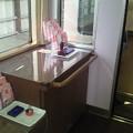 Photos: かわいらしい太宰府観光列車【旅人(たびと)】の車内には、 スタンプ台...