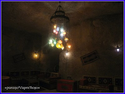 洞窟ホテルのバー
