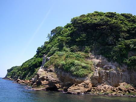 無人島・猿島