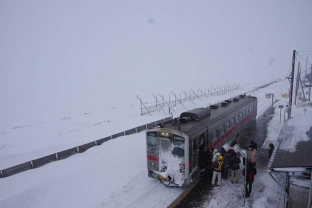 s7946_北浜駅にて
