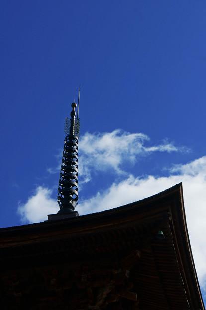 写真: 尖塔の空