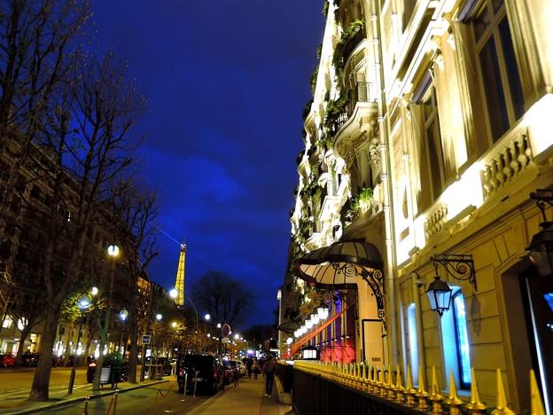 写真: パリのトワイライト
