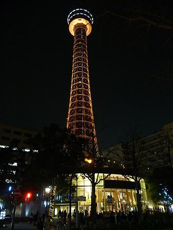 110115-マリンタワー 上り足元全景1 (214)