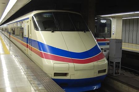 京成スカイライナー AE100形