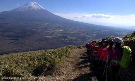 山の天気 竜ヶ岳 次第に雲が取れ、富士山全開です
