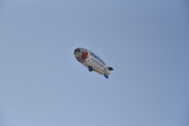 メットライフ生命の飛行船