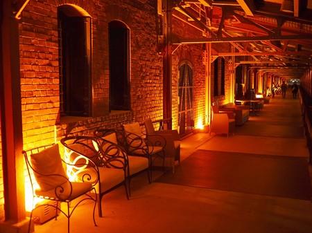 平日夜の赤レンガ倉庫
