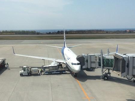 B737-800 函館空港にて