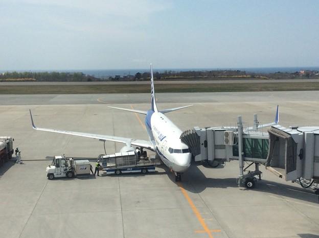 Photos: B737-800 函館空港にて