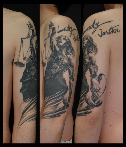 タトゥー 大阪 刺青 正義の女神 lady justice
