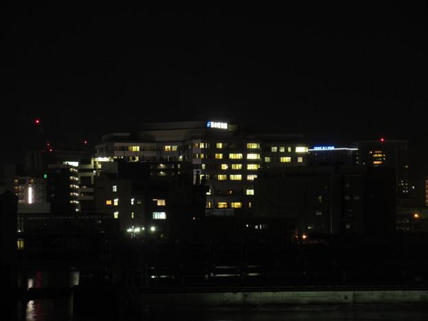 夜の博多港  7
