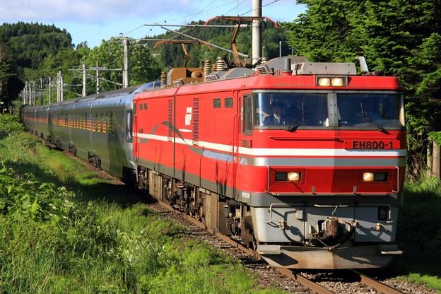9015レ EH800 1+E26系 12両