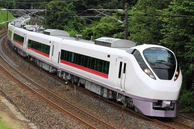 Photos: 試8124M E657系水カツK12編成 10両