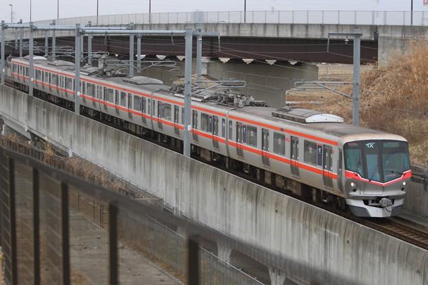 5035レ 首都圏新都市鉄道TX2000系2170F 6両
