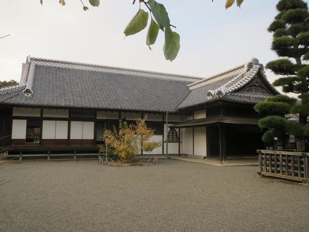 写真: 弘道館正庁玄関