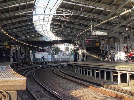 東急東横線白楽駅 (横浜市神奈川区白楽)