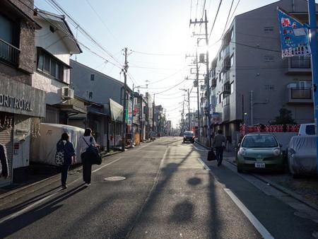 白楽駅界隈 (横浜市神奈川区白幡町)