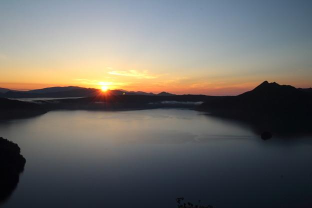 摩周湖の日の出160807