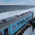 写真: 流氷物語号とオホーツク海