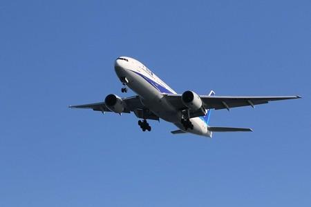 飛行機(21)−離着陸する飛行機、海上から