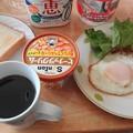Photos: 朝食はパン食が多い