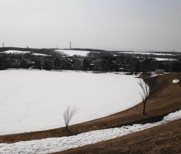 丘の上は風が強く冷たい
