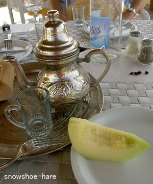 食後のお茶とメロン