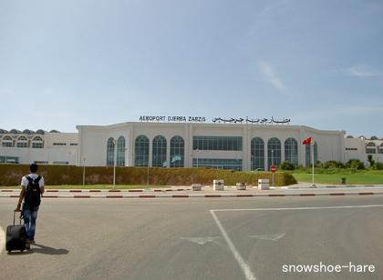 ジェルバの空港