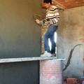 Photos: 家は自分で造る!?