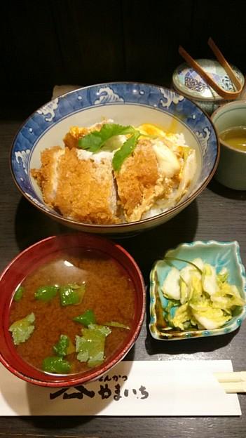 Photos: やまいち かつ丼