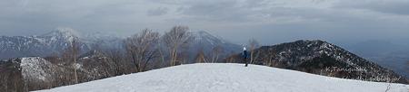 飯綱山頂からの眺め