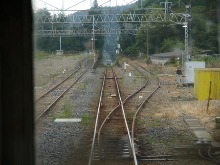 日光線の車窓(日光駅構内)3