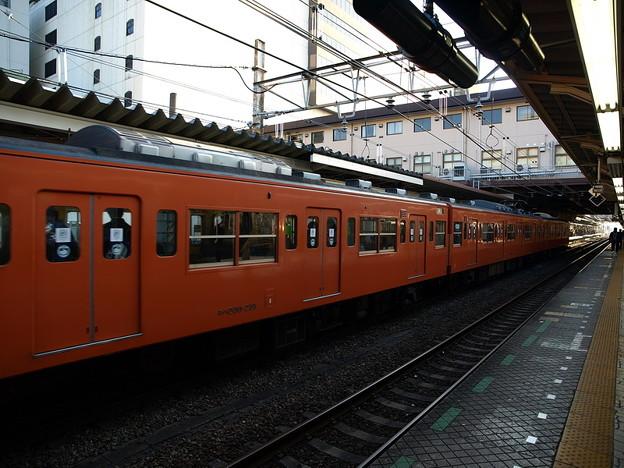 写真: 201系(八王子駅)1