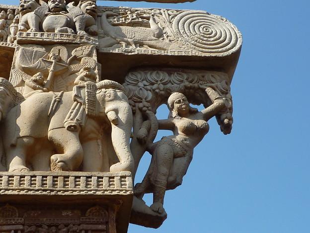 Photos: 「樹下ヤクシー像」~珠玉の仏教彫刻 The most renowned Yakshi  *豊饒の切なる願い鑿に込めヤクシーの陰(ほと)を彫りいだしけん